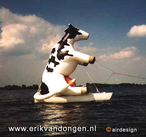 [img width=500 height=467]http://www.erikvandongen.nl/pop_ups/afbeeldingen/Koe-Melkunie.jpg[/img]